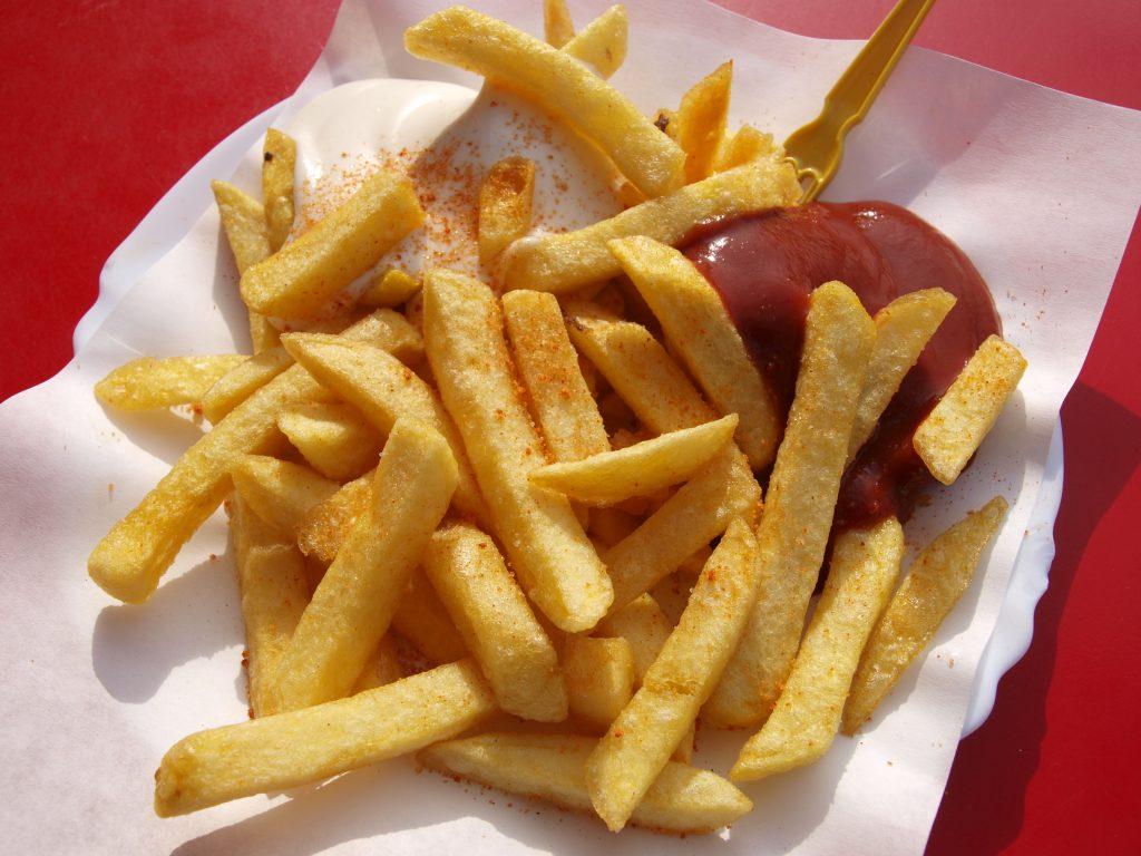 Pommes Heißluftfritteuse gesünder Fritteuse
